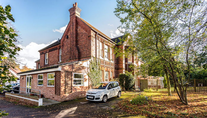 The Old Vicarage, Ollerton